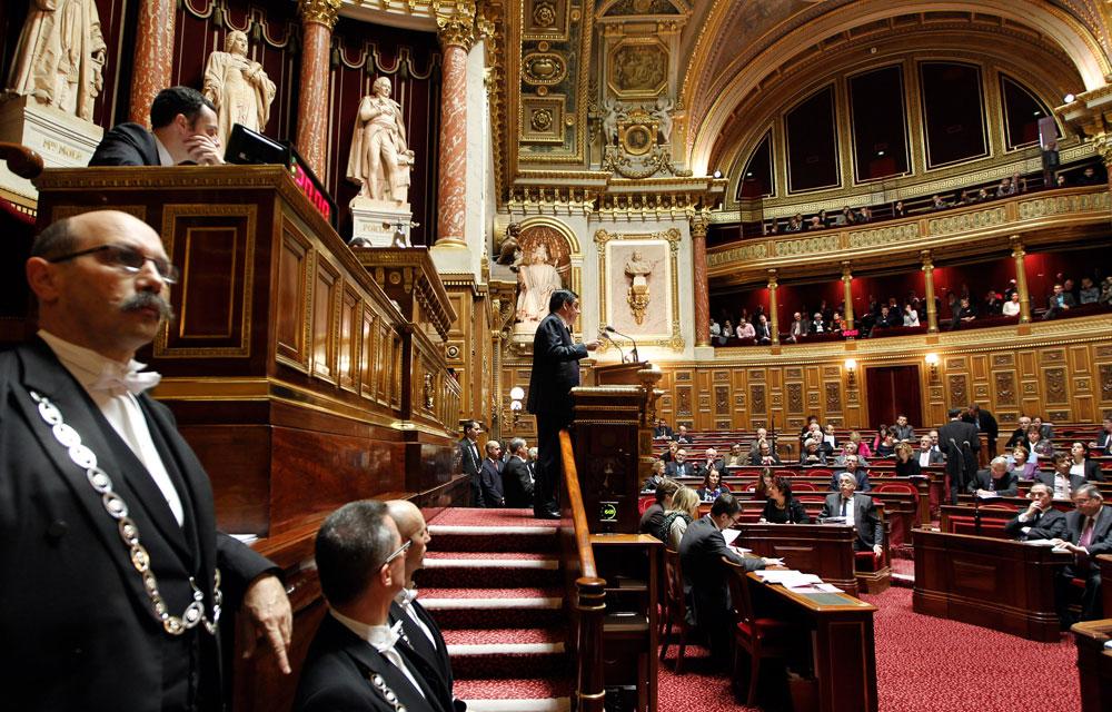 quels-sont-les-pouvoirs-du-senat-deciders